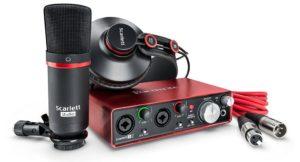 Pack Focusrite Scarlett 2i2 compuesto por tarjeta de sonido, micrófono de condensador y auriculares profesionales