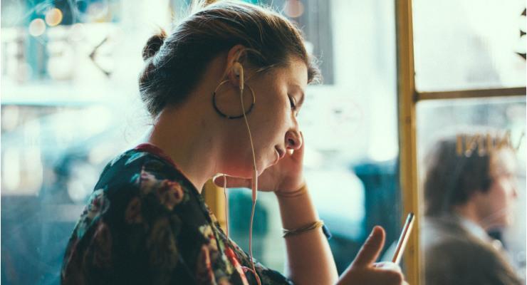 Escuchar podcast en cualquier lugar
