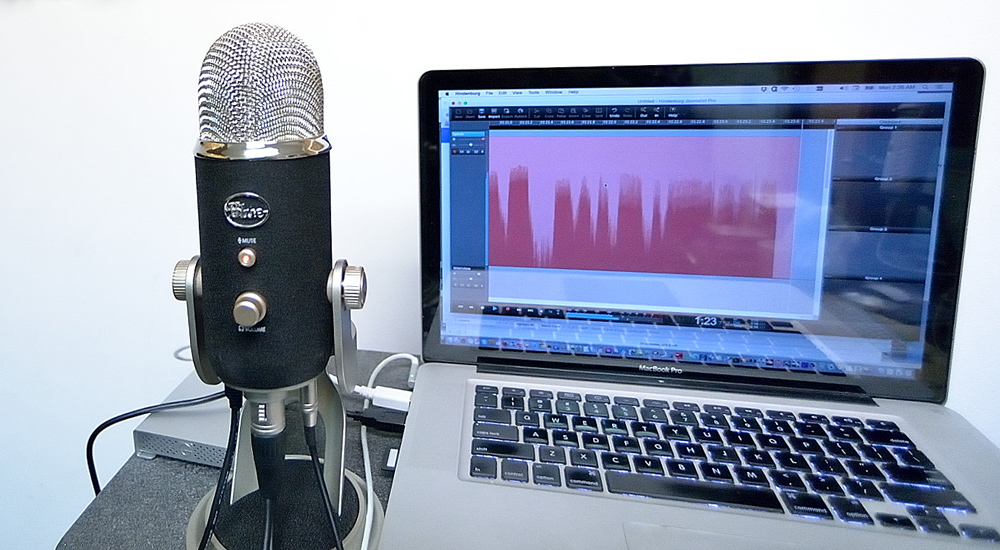 Micrófono de condensador para grabar podcast