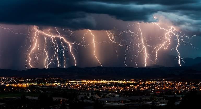 Una tormenta eléctrica. McGuffin y podcasting. La imaginación al poder