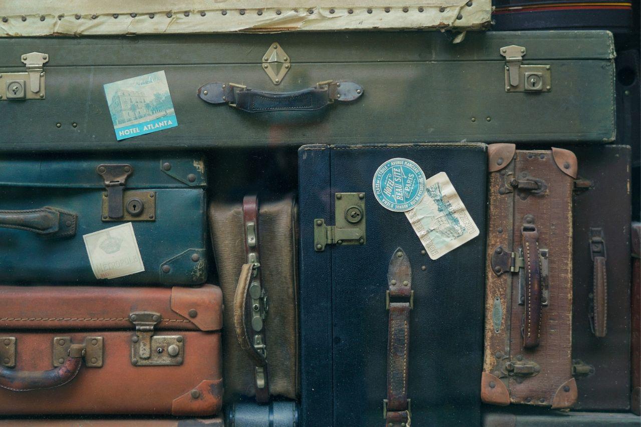 Los demonios de la carne están ocultos en una maleta de viaje