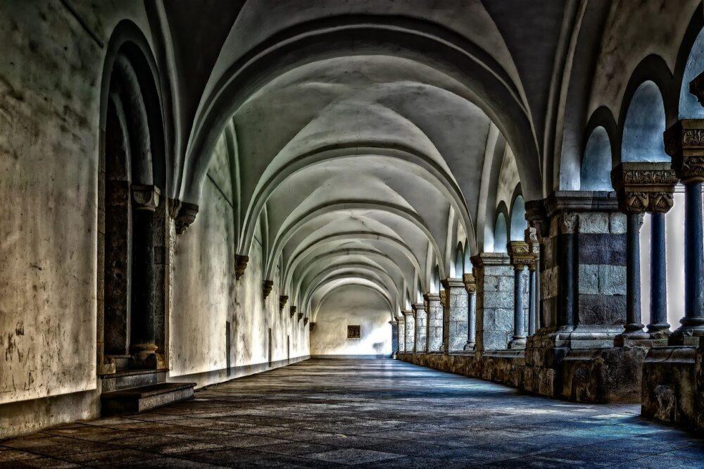 Festín en la abadía. ROBERT BLOCH - ABISMOfm