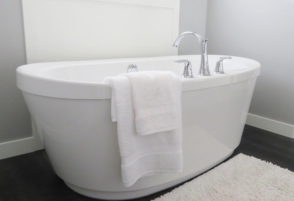 El baño. RAYMOND CARVER - ABISMOfm