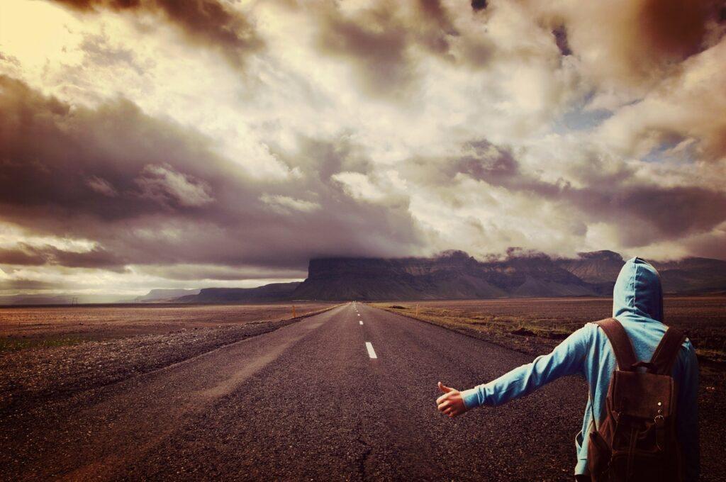 El falso autostop. MILAN KUNDERA - ABISMOfm